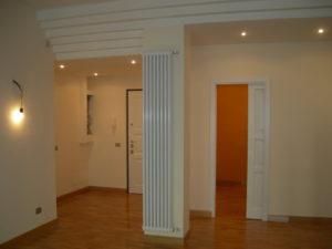 Ristrutturazione edilizia Ristrutturazione Appartamento Galazia a Roma - Dettaglio della mitigazione ingresso soggiorno