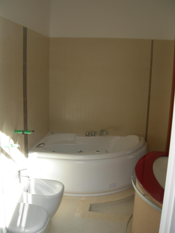 Ristrutturazione Appartamento - Particolare vasca bagno