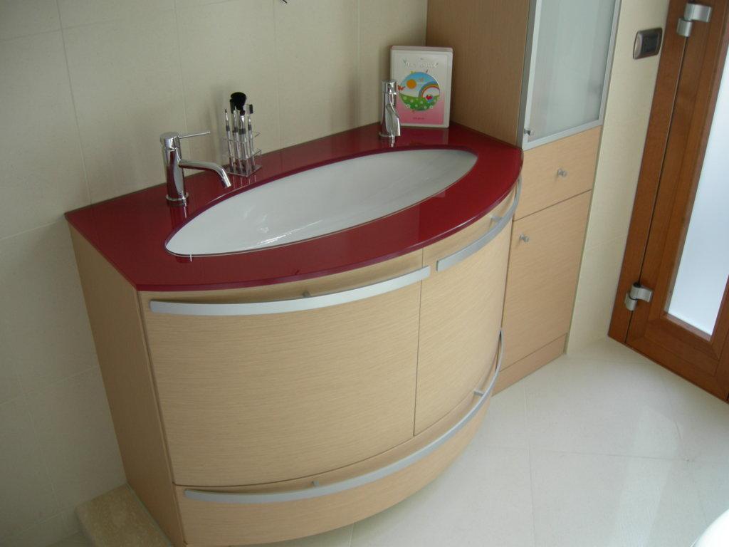 Ristrutturazione appartamento Roma - Particolare lavabo bagno