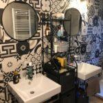 Ristrutturazione Stile industriale particolare della parete del bagno